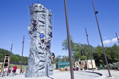 horseshoe_climbing_tower_02.jpg