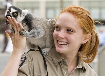 kristen and lemur.jpg